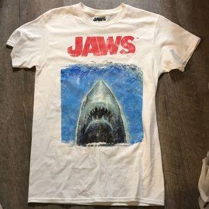 Small jaws white shark short sleeve t shirt